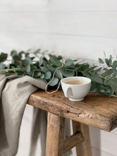 time for a break – Artsupplies Minimal Living, Simple Living, Hygge, Coffee Shop Aesthetic, Coffee Photography, Pause, Slow Food, Slow Living, Sustainable Living