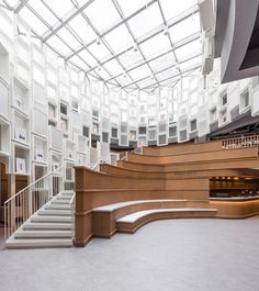 Completed in 2017 in Ningbo, China. Images by Dirk Weiblen. Kokaistudios designed for Alt-Life Bookstore in Ningbo celebrates space fluidity and variety, organic geometries and the notion of circulation as a. Library Architecture, Interior Architecture, Office Interior Design, Office Interiors, Shop Interiors, Grand Staircase, Stairs, Glass Pavilion, Lobby Design