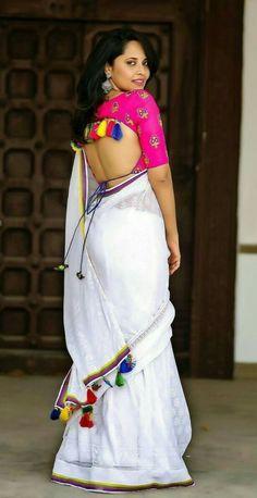 Beautiful Bollywood Actress, Most Beautiful Indian Actress, Beautiful Actresses, Stylish Dress Designs, Stylish Dresses, Vidya Balan, Saree Look, Saree Dress, Psychology Facts