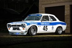 Ford Escort - The Escort is memorable for having a remarkable gear change, great ventilation system, a light and nimble chassis, coupled with lots of engine choices. Read more at somedayclassics. Ford Rs, Car Ford, Escort Mk1, Ford Escort, Sports Car Racing, Race Cars, Slot Cars, Carros Bmw, Ford Capri