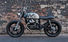 Cafe racers, scramblers, street trackers, vintage bikes and much more. The best garage for special motorcycles and cafe racers. Cx500 Cafe Racer, Cafe Racers, Street Scrambler, Cx 500, Honda Cx500, Ac Cobra, Street Tracker, Vintage Bikes, Motorcycles For Sale