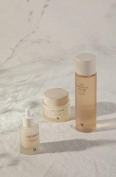 UPTOWNLIIZ OAT ENOUGH ROUTINE Cosmetic Packaging, Beauty Packaging, Skincare Branding, Cosmetic Design, Organic Skin Care, Organic Beauty, Makeup Brands, Packaging Design Inspiration, Serum