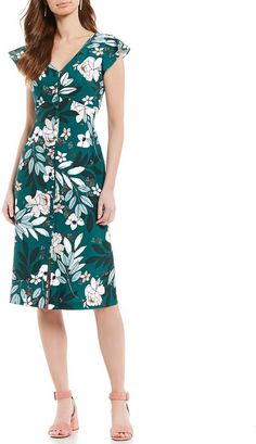 Adrianna Papell Button Front Floral Print Cap Sleeve Button Front V-Neck Midi Dress s #ShopStyle #shopthelook #ad #sponsored #SpringStyle #MyShopStyle #SummerStyle #BirthdayParty #BeachVacation #FestivalLooks #WeddingGuestLooks #WearToWork #WeekendLook #DateNight #NYFW #GirlsNightOut #BlackTieLooks #OOTD #TravelOutfit #fabfashionhub #dress #dresses #dressesforsale #sale #discount #clothingbrand #clothing #onlineclothingstore #skaterdresses #partydress #partyreadydress #bodyconstyles… V Neck Midi Dress, Skater Dress, Stylish Dresses, Dresses For Sale, Casual Dresses, Fashion Dresses, Summer Fashion Trends, Spring Fashion, Adrianna Papell