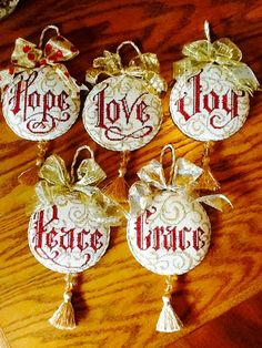 Words by Heidi needlepoint ornaments, stitched beautifully by Saundra C. Diy Xmas Ornaments, Handpainted Christmas Ornaments, Hand Painted Ornaments, Handmade Christmas, Bargello Needlepoint, Needlepoint Stitches, Needlepoint Kits, Christmas Makes, Christmas Cross