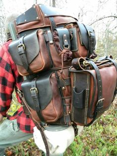 """Backpack of leather""""..nice but how much does this weigh? MXS"""