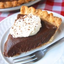 Chocolate Cream Pie: King Arthur Flour-would be super easy to make this gluten and dairy free