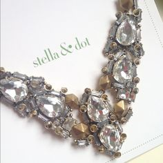 Stella & Dot Zora Necklace For the girl who loves to sparkle! Looks great dressed down with a tee or with a little black dress for a night in the town. Excellent condition, worn twice. Stella & Dot Jewelry Necklaces
