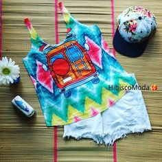 Chegou a tão esperada sexta feira !!😊😊😉😉😍😍🌺😄😄 um look bem colorido para a primavera ⚘🌷🌼🌻🌺🌹💮🏵💐🌸#hibisco #Hibiscomoda #eusigohibisco #sigahibisco #eucurtohibisco #curtahibisco #look #lookdodia #moda #fashion #style #summer #básico #Love #tropical #fortaleza #Praia #chic #tshirt #climatropical #fashionista #tendência #perfect #instastyle #cropped #follow #me #boné  #regata #primavera.