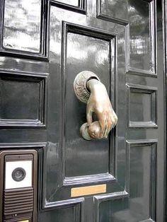 Barn Door Decor, Diy Barn Door, Diy Door, Knobs And Knockers, Door Knobs, Patio Door Coverings, Craftsman Front Doors, Timber Garage, Glass Pantry Door