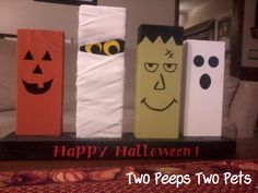 TOO CUTE! Halloween Decor from 2 x 4's! Two Peeps : Two Pets: A little bit of Halloween