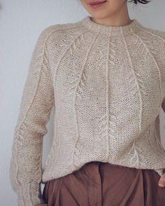 Ravelry: Forest Vibes Sweater pattern by Masha Zyablikova inspiration creative Pullover Design, Sweater Design, Sweater Knitting Patterns, Knit Patterns, Knitting Sweaters, Blanket Patterns, Sewing Patterns, Pijamas Women, Long Sweaters