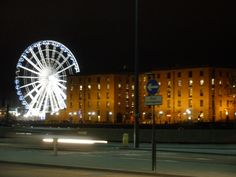 Liverpool Albert Dock  Wheel