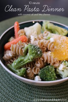 Stilettos and Diapers blog: Clean Eating: 10 Minute Pasta Dinner {Recipe}  This blogger lives in CLT!