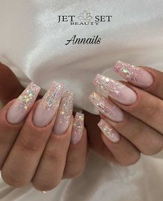 Glitter may remind you of twinkling stars in the dark, but glitter nails can be surprisingly complex. The glitter sequins embellish a dull nail, or upgrade your nail art to the next level. Golden glitter overlay and metallic tips make a French nails Nail Design Glitter, Coffin Nails Glitter, White Coffin Nails, Coffin Nails Long, Nails Design, Acrylic Nails, Pink Coffin, Blue Nails With Glitter, Glitter Ombre Nails