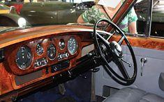 Rolls Royce Phantom Interior, Rolls Royce Silver Cloud, Cars Uk, Dashboards, Classic Cars, Car Seats, Automobile, Steering Wheels, Car Interiors