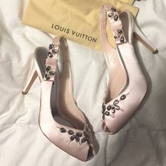 Louis Vuitton Slingback Heel Custom, one-of-a-kind open toe satin slingback Louis Vuitton heels. Worn once to a formal event. Perfect for prom and wedding season. Features beautiful beading detail, two dust bags one for each shoe, extra heel caps and the original box. Originally paid $1200. Comment with questions ❤️ Louis Vuitton Shoes