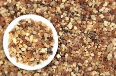 How to Remove Age Spots with Frankincense Essential Oil thumbnail Coconut Oil Facial, Coconut Oil Moisturizer, Coconut Oil For Acne, Cooking With Coconut Oil, Coconut Oil Uses, Benefits Of Coconut Oil, Age Spot Remedies, Natural Remedies, Health Remedies