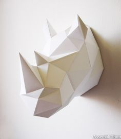 Rhino neushoorn origami folding kit D.Y assembli at Indie-ish. Kirigami, Art Mural 3d, 3d Wall Art, Origami Paper, Diy Paper, Paper Crafting, 3d Templates, Papier Diy, Paper Artist