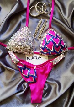 Fitness Posing Bikini Suit Figure NPC IFBB WBFF Competition Crystal Swarovski #KATA #Bikini