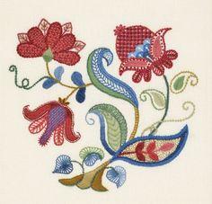 Crewel Embroidery Kit - MEADOW BLOOM