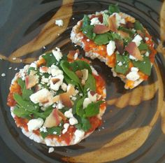 Rice cakes, roasted red pepper spread, spinach leaves, feta cheese & Morning Star bacon crumbles
