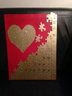Valentine Crafts, Holiday Crafts, Fun Crafts, Diy And Crafts, Paper Crafts, Puzzle Piece Crafts, Puzzle Art, Puzzle Pieces, Paper Flower Patterns