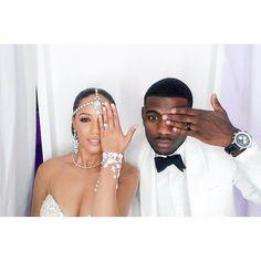Such a fun photo! #Munaluchi #munaluchibride #weddingthings #inlove | #Repost @infinitykjo  I had my eye on you! #mrsjoseph #thekjowedding #2016 #newreason #photobooth  #newbeginnings #newseason #wemarried #mywife #photooftheday #photo #fall2016 #thekjos #kvb #notilluminati lol