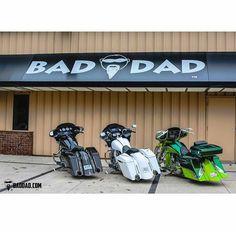 "Which colour...? Credit to @baddadcustom ===================== Follow & Tag ""HD Tourers and Baggers"" on Instagram Facebook Twitter & across the Web. ===================== #hdtourersandbaggers ===================== #instamotogallery #instamoto #motorcycles #harleydavidson #roadkingclassic #roadking #roadglide #streetglide #softail #showoffmyharley #harleysofinstagram #harleylife #bikelife #bikersofinstagra #bikestagram #motorcyclelife #harleyriders #customharley #throttlezone…"