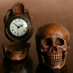 It took me a while to realise that the clock is actually the skull.