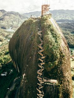 Situated on the outskirts of Guatape stands the towering Penol rock. Trip To Colombia, Colombia Travel, Around The World In 80 Days, Around The Worlds, Places To Travel, Places To Visit, Travel Destinations, Beaches In The World, South America Travel