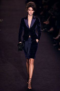 Saint Laurent Fall 2002 Ready-to-Wear - Collection - Gallery - Style.com
