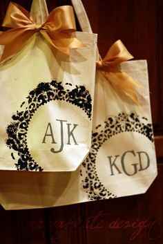 Cute for personalized gift bags! Love this! http://thegainesgang4.blogspot.com/2010/05/doilie-bag.html