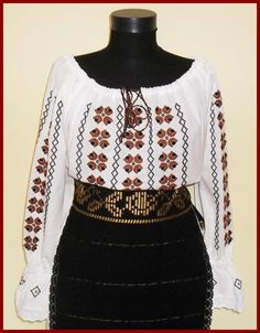 ie Cross Stitch Embroidery, Needlework, Knitting Patterns, Africa, Traditional, Costumes, Chic, My Style, Inspiration