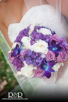 Bridal Bouquet | Wedding Arrangements | #bridalbouquet #weddingarrangements #RandRCreativePhotography