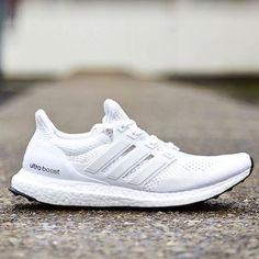 new product 15353 3bd4c Fashionable Sneakers N Stuff  sneakersid Running Sneakers, Running Shoes  For Men, Sneakers N