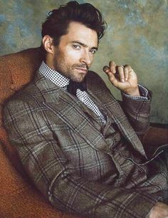 Tartan can look hot  in the right colour and style and is making a comeback. Australian actor Hugh Jackman demonstrates the way to wear this look.
