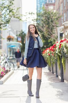 Fantastic outfit ideas with Feminini Neoprene skirt Classy And Fabulous, Charlotte, Summer Outfits, Girly, Clothes For Women, Blouse, Skirts, How To Wear, Outfit Ideas