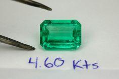 Good morning Sunday! I have available the bright bluish green Colombian emerald 4.60 carats   #emeralds #thumbnailspecimens #colombianemerald #colombianemeralds #naturalemerald #naturalemeralds #thumbnailsketch #emeraldspecimen #gemspecimen #gemstonespecimen #terminatedemerald #emeraldmatrix #emeraldcalcite #calcitecrystal #roughemerald #roughgems #roughgemstone #emeralds #emerald #loosemerald #loosegemstones #emeraldjewelry #emeraldjewellery #祖母绿#zamrudcolombia #smaragd
