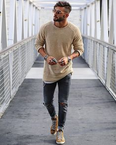 Moda masculina casual fashion sweaters ideas for 2019 Mode Masculine, Mode Outfits, Casual Outfits, Simple Outfits, Winter Outfits Men, Summer Outfits, Urban Outfits, Moda Blog, Mens Fashion Blog