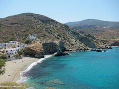 Visit Folegandros, a small island near Santorini, for an authentic Greek island experience on this underrated island with beautiful beaches and a wild side. Places To Travel, Places To Go, Greek Island Hopping, Dive Resort, Places Worth Visiting, Boat Tours, Small Island, Italy Vacation, Future Travel