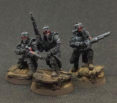 Warhammer Imperial Guard, 40k Imperial Guard, 28mm Miniatures, Fantasy Miniatures, Imperial Guardsman, Nerf Storage, Tau Army, 40k Armies, Miniature Bases