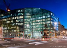 Sainsbury's head office by Foster + Partners illuminates Holborn Circus, but the statue of  Prince Albert has to move!