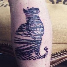Random Lines Blackwork Cat tattoo
