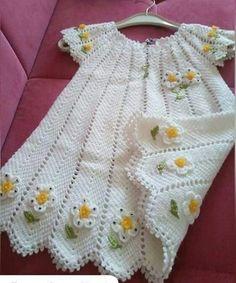 Stitch of the Week Waistcoat Stitch - Single Crochet Knit Stitch = Crochet Tutorial - Crochet Headband Crochet Baby Dress Pattern, Baby Girl Crochet, Baby Knitting Patterns, Baby Patterns, Crochet Patterns, Knit Crochet, Crotchet Dress, Dress Patterns, Knitted Baby Clothes