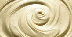 Cómo hacer que el chocolate blanco derretido con aceite vegetal quede menos espeso