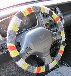 crochet a cover for your steering wheel - idea from a Swedish website