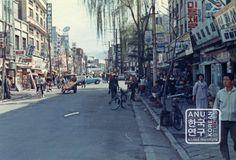 Seoul street 1968 | PICTORI - Korean Media Library