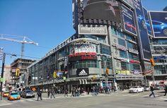 Yonge St. & Dundas Toronto