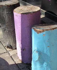 painted logs #diy #summerhouse