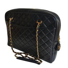 caa10f5e1f1 Chanel Sac à main   MyPrivateDressing vide dressing suisse luxe online.  Achetez et vendez entre